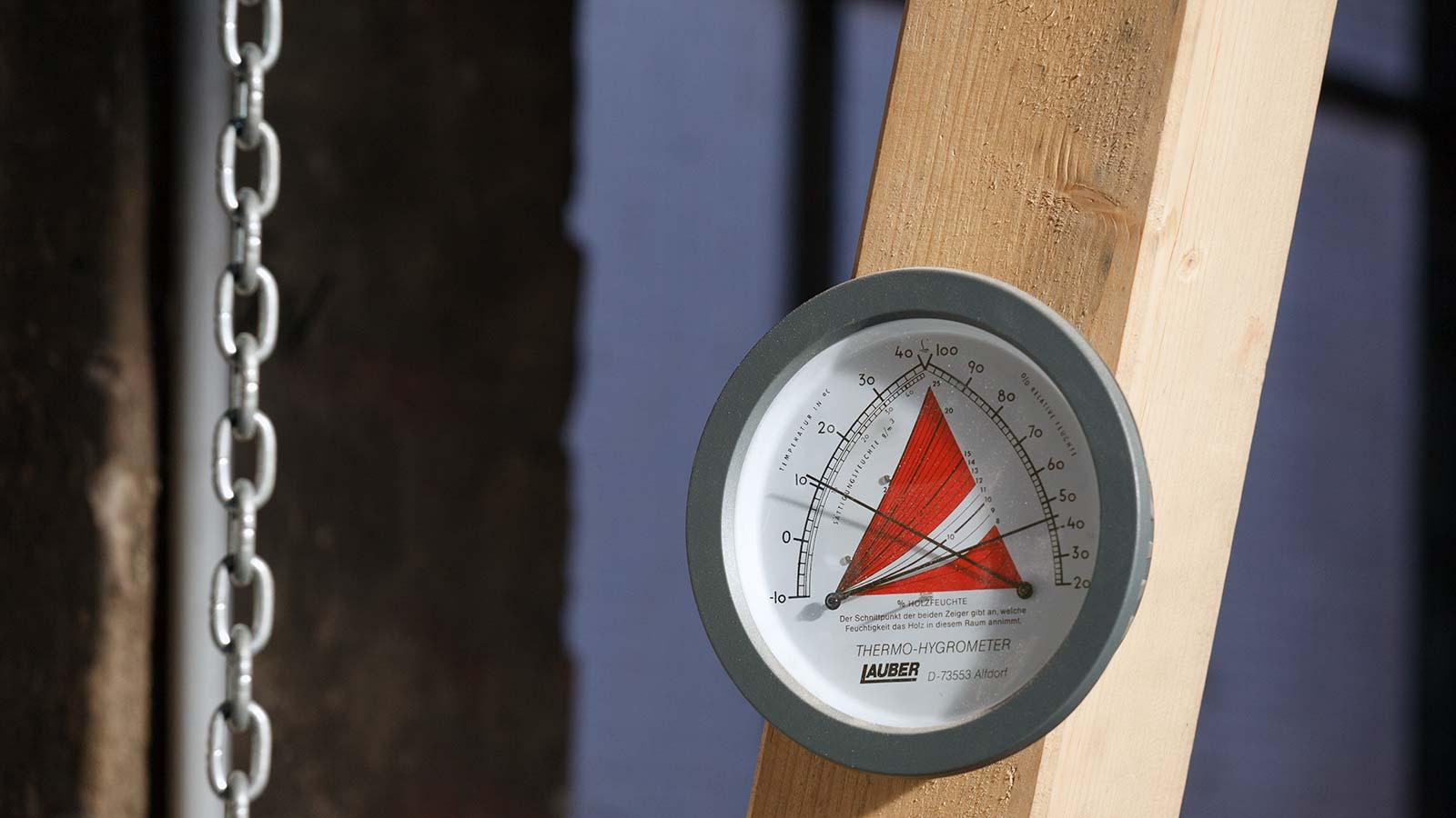 Holzfeuchtigkeit messen